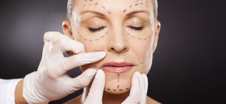 Pourquoi la chirurgie esthétique attire autant les millénials ?